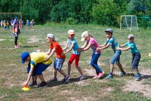 футбольное поле в лагере